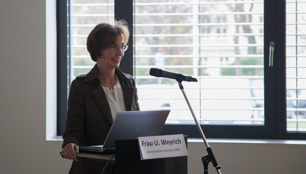 DZNE - Frau Weyrich